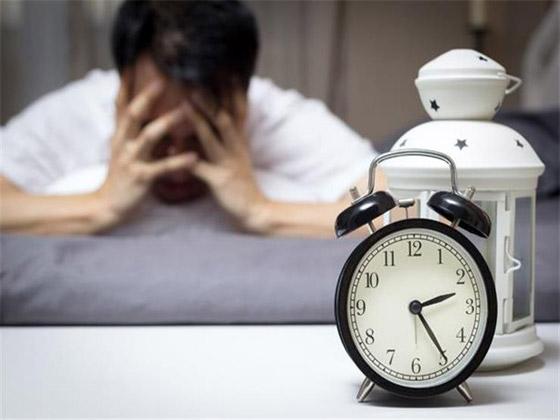هل تعاني من صعوبات النوم ؟ اليك افضل الطرق لحل مشكلة الأرق صورة رقم 1