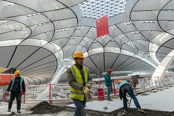 الصين تبني وتعتزم افتتاح أكبر مطار في العالم بمساحة مليون متر مربع صورة رقم 8