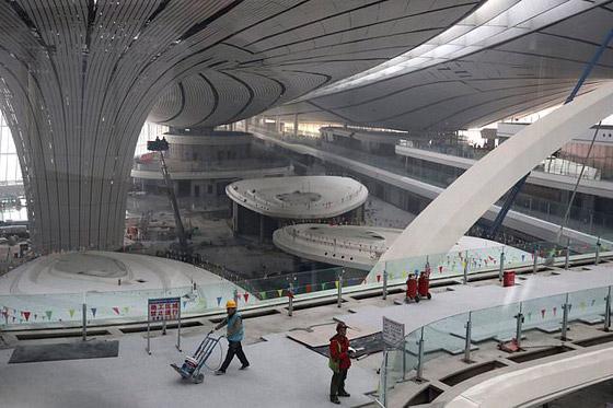 الصين تبني وتعتزم افتتاح أكبر مطار في العالم بمساحة مليون متر مربع صورة رقم 11