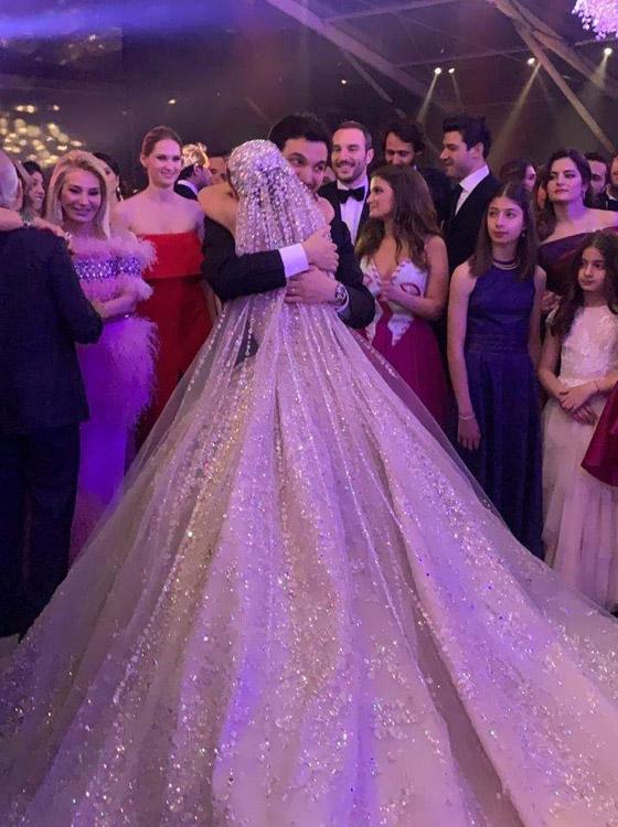فيديو وصور زفاف ابن مُدير بنك لبنان بـ5 ملايين دولار وفستان العروس أسطوري صورة رقم 2