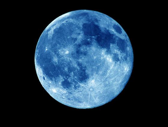 ظاهرة فلكية مثيرة يوم السبت: ترقّبوا القمر الأزرق الكامل صورة رقم 6