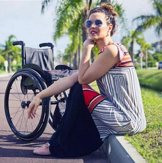صورة رقم 12 - برازيلية مقعدة تتحدى إعاقتها وتطلق أول علامة تجارية لصاحبات الهمم
