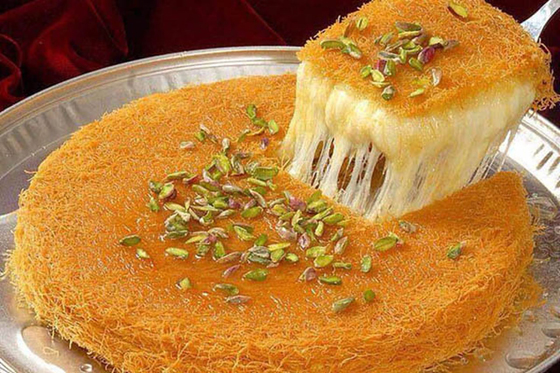 صورة رقم 5 - حلويات رمضانية: طريقة عمل الكنافة بالقشطة