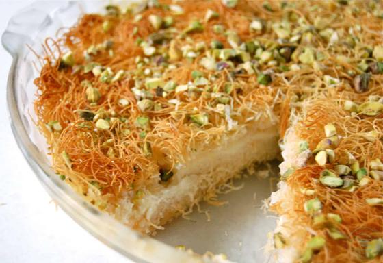 صورة رقم 3 - حلويات رمضانية: طريقة عمل الكنافة بالقشطة