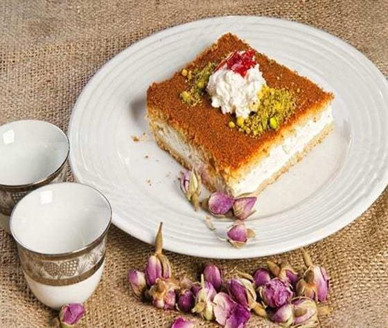 صورة رقم 11 - حلويات رمضانية: طريقة عمل الكنافة بالقشطة