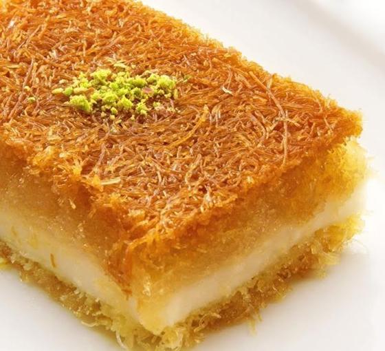 صورة رقم 13 - حلويات رمضانية: طريقة عمل الكنافة بالقشطة