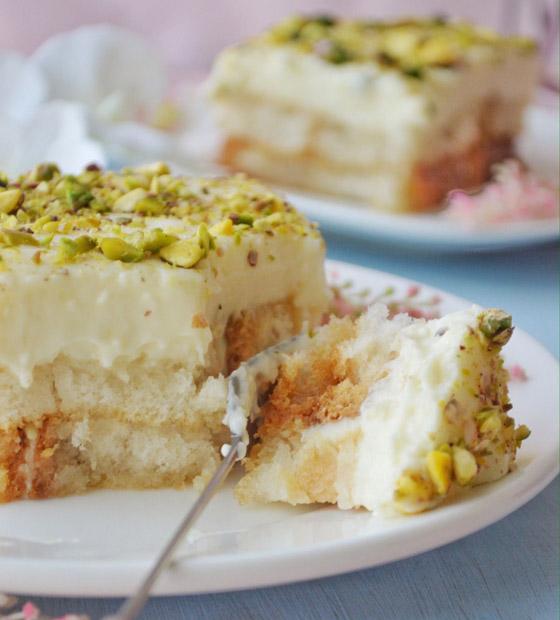 صورة رقم 4 - طريقة تحضير عيش السرايا الشهي والمميز لحلويات رمضان شرقية
