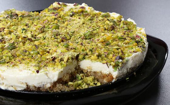 طريقة تحضير عيش السرايا الشهي والمميز لحلويات رمضان شرقية صورة رقم 9
