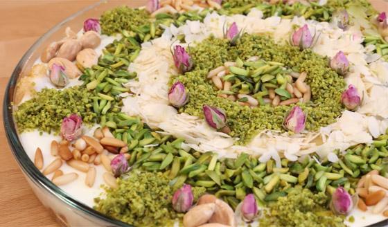 صورة رقم 2 - طريقة تحضير عيش السرايا الشهي والمميز لحلويات رمضان شرقية