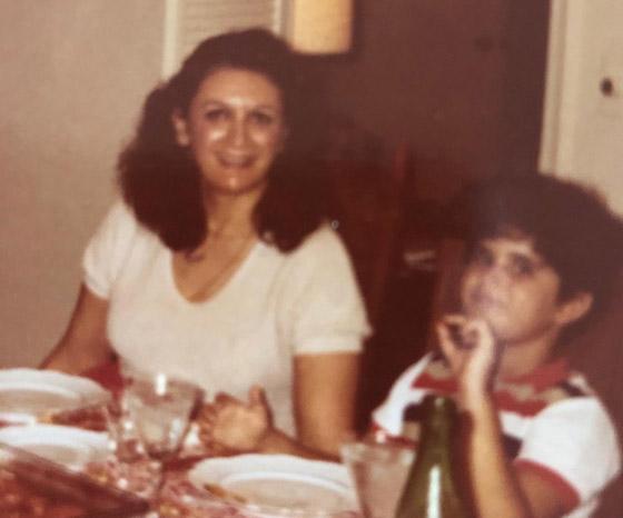 الملياردير الأمريكي اللبناني الأصل الذي بكى بجانب سريره في الميتم! صورة رقم 5