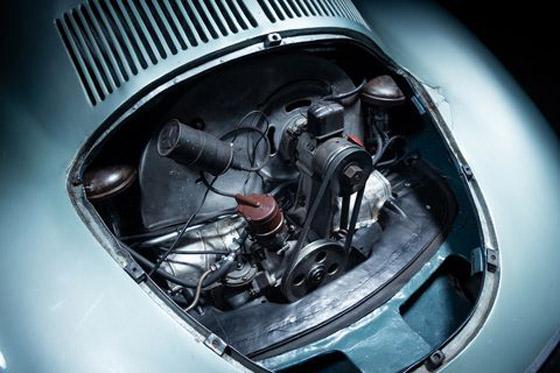 بالصور: عرض أقدم سيارة بورش للبيع.. لن تصدق سعرها! صورة رقم 13