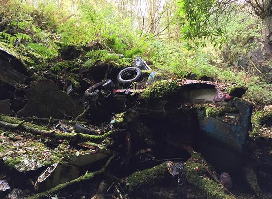 تعرفوا على مقبرة السيارات المعروفة بكهف الأرواح.. صور صورة رقم 8