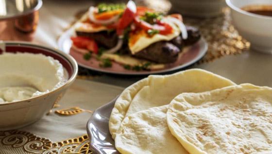 صورة رقم 1 - ما هي الأطعمة التي تمنع الجوع والعطش في شهر رمضان؟