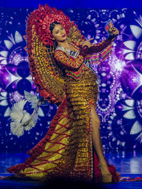فيديو وصور ملكة جمال الفليبين الفلسطينية الأصل تؤدي رقصة شرقية وتبهر الجميع صورة رقم 8