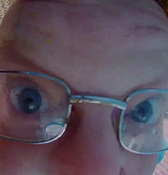 فيديو طريف.. أمريكي يقرّب وجهه بشدة من كاميرا خاصة بجرس الباب صورة رقم 5