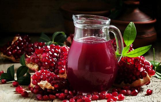 تعرفوا على فوائد عصير الرمان المدهشة.. وإليكم أسهل طريقه لصنعه صورة رقم 3