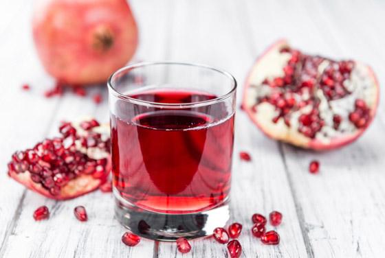 تعرفوا على فوائد عصير الرمان المدهشة.. وإليكم أسهل طريقه لصنعه صورة رقم 6