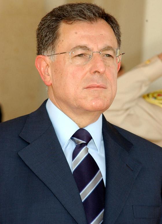 رئيس الحكومة اللبناني يشعل مواقع التواصل بغنائه لعبد الحليم صورة رقم 10