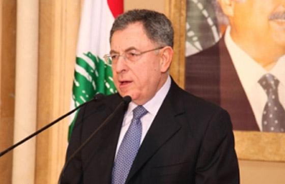 رئيس الحكومة اللبناني يشعل مواقع التواصل بغنائه لعبد الحليم صورة رقم 11
