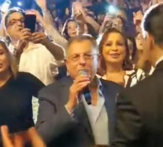 رئيس الحكومة اللبناني يشعل مواقع التواصل بغنائه لعبد الحليم صورة رقم 3