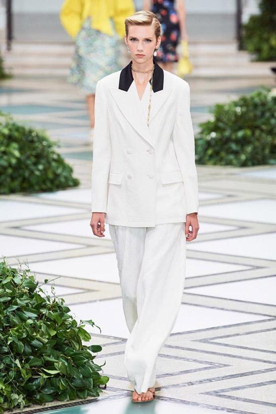 الأميرة ديانا حاضرة بعرض أزياء في نيويورك بعد 22 عاما على وفاتها صورة رقم 3