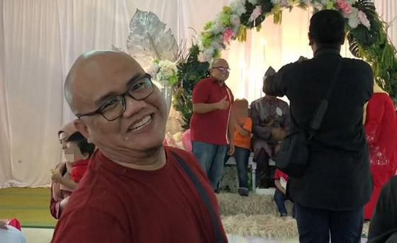 فيديو مضحك لرد فعل رجل ماليزي بعدما فوجئ بشبيهه في حفل زفاف! صورة رقم 6