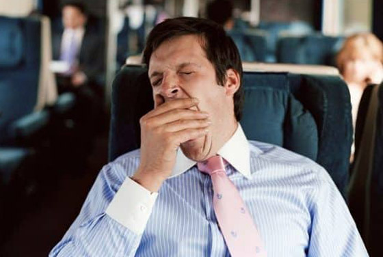 قلة النوم والضغط العصبي.. إليكم أبرز وأهم أسباب تقلب المزاج صورة رقم 2