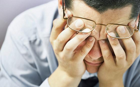 قلة النوم والضغط العصبي.. إليكم أبرز وأهم أسباب تقلب المزاج صورة رقم 4