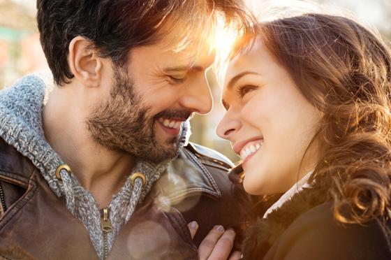 صورة رقم 1 - لن يخطر على بالك.. هذا هو مفتاح السعادة الزوجية