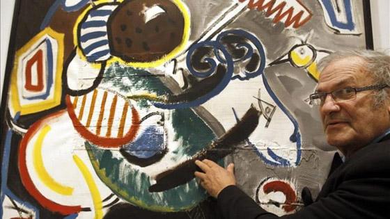 كلاب رسام شهير تهاجمه وتنهش فيه وتأكل من جثته في الأرياف! صورة رقم 7