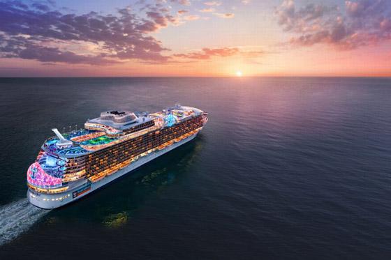 أعجوبة البحر جاهزة.. أكبر سفينة سياحية في العالم تستعد للإبحار صورة رقم 6