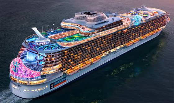 أعجوبة البحر جاهزة.. أكبر سفينة سياحية في العالم تستعد للإبحار صورة رقم 12