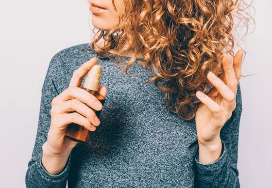 تعرفوا إلى الفوائد الطبية لزيت الخروع وأهم مشاكل الشعر التي يعالجها صورة رقم 3