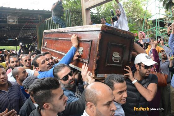 شاهدوا.. التحقيقات تكشف سبب وفاة الفنان هيثم أحمد زكي عقب تشريح الجثمان صورة رقم 13