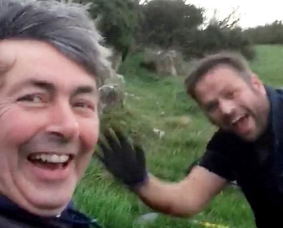 بالفيديو: الصدفة تقود صديقين لإكتشاف