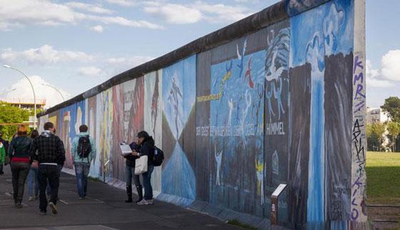 30 عاماً على سقوط جدار برلين .. كيف تغير العالم؟ صورة رقم 2