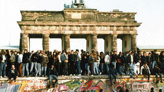 30 عاماً على سقوط جدار برلين .. كيف تغير العالم؟ صورة رقم 7