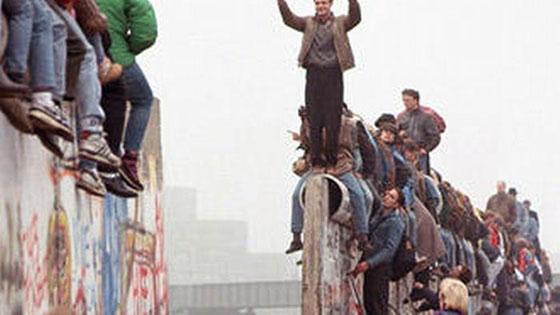 30 عاماً على سقوط جدار برلين .. كيف تغير العالم؟ صورة رقم 9