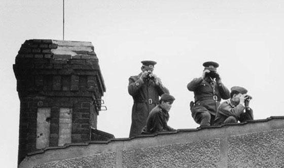 30 عاماً على سقوط جدار برلين .. كيف تغير العالم؟ صورة رقم 22