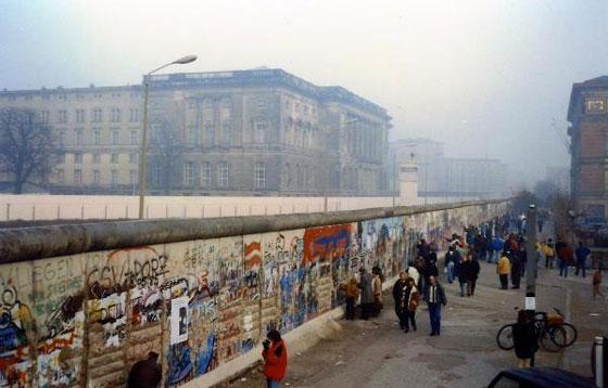 30 عاماً على سقوط جدار برلين .. كيف تغير العالم؟ صورة رقم 17