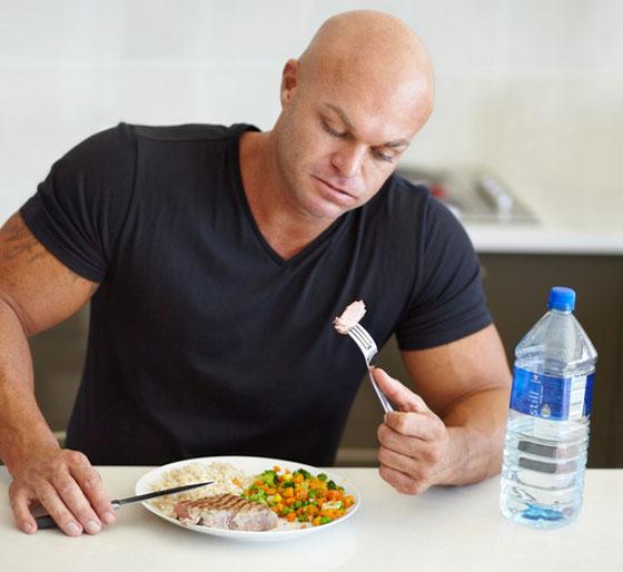 4 عادات أثناء تناول الطعام تساعد على خسارة الوزن صورة رقم 3