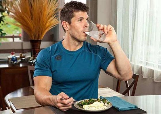 4 عادات أثناء تناول الطعام تساعد على خسارة الوزن صورة رقم 4
