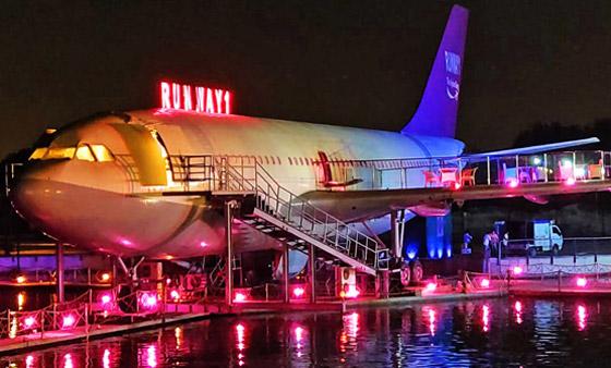 بالصور: طائرات مهجورة قديمة تحولت إلى مطاعم تقدم تجارب طعام مدهشة صورة رقم 4