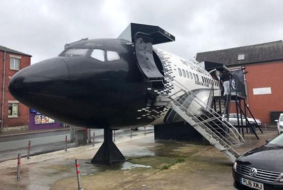 بالصور: طائرات مهجورة قديمة تحولت إلى مطاعم تقدم تجارب طعام مدهشة صورة رقم 5