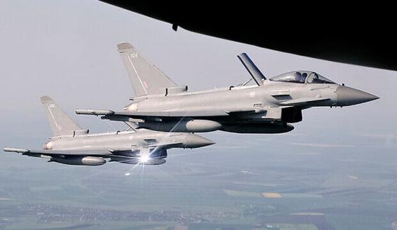 طائرة مدنية إسرائيلية ترعب شمال لندن بانفجار صوتي عال! فيديو صورة رقم 14