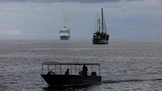 مأساة بالمحيط الهادئ.. تائهون وسط البحر ينجون بأعجوبة صورة رقم 2