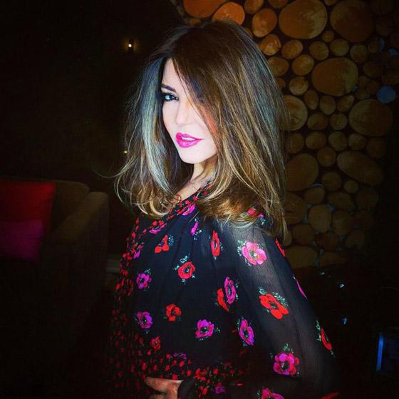 صور سميرة سعيد بإطلالات شبابية رائعة تثبت انها تصغر لا تكبر بالعمر صورة رقم 13