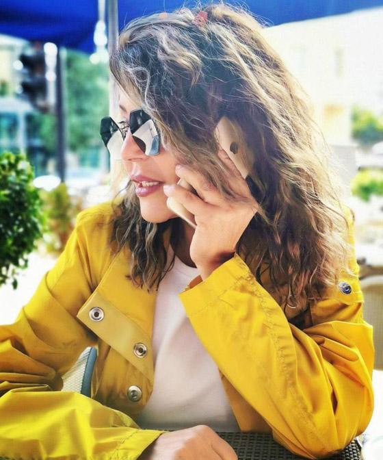 صور سميرة سعيد بإطلالات شبابية رائعة تثبت انها تصغر لا تكبر بالعمر صورة رقم 21