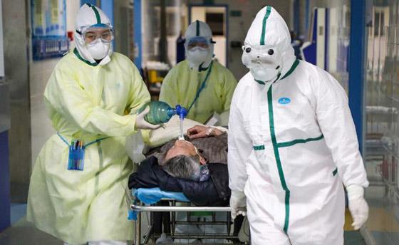 خطره يزداد.. ترجيح إصابة المئات بالطواقم الطبية الصينية بفيروس كورونا! صورة رقم 1