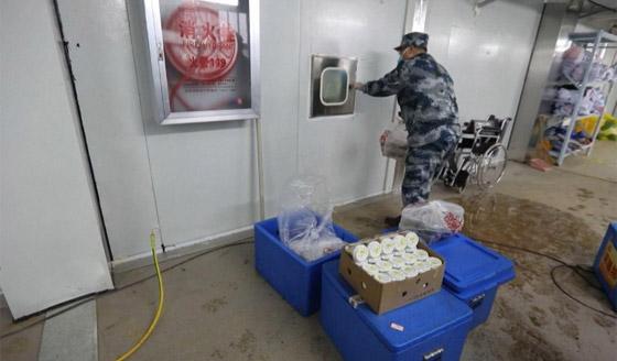 خطره يزداد.. ترجيح إصابة المئات بالطواقم الطبية الصينية بفيروس كورونا! صورة رقم 2